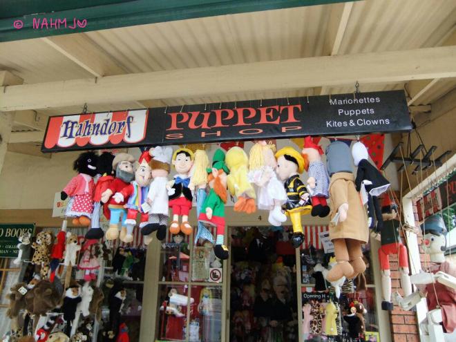 PuppetShop.jpg